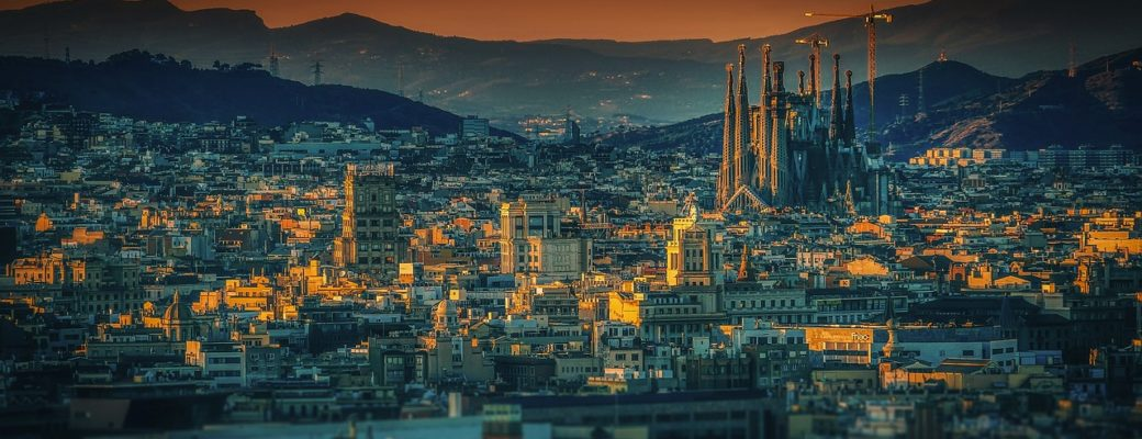 Barcelona: A Backpackers Guide To Traveling Barcelona