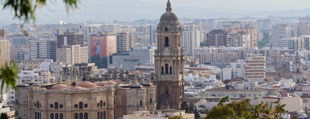 Malaga: A Backpackers Guide To Traveling Malaga
