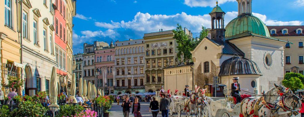 Diy travel guide series: 3 days in krakow, poland.